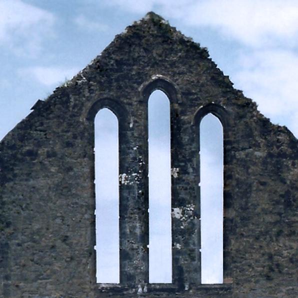 three windows shape