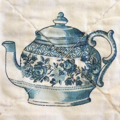 tea-pot-detail
